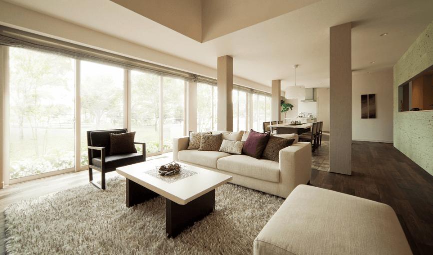 メリット②居住空間の広さや大きな窓など、開放感ある間取りが実現できる